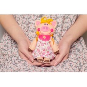 Набор для шитья «Свинка Малинка»